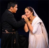 Henry Choo as Nadir & Nicole Car as L��la (The Pearl Fishers, Opera Australia, July 2012). Photograph: Branco Gaica