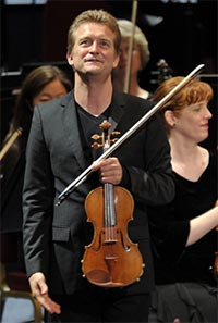 Violinist Christian Tetzlaff with the St Louis Symphony at the BBC Proms. Photograph: BBC/Chris Christodoulou