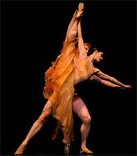 Sofiane Sylve and Tiit Helimets in Liang's Symphonic Dances. ©Erik Tomasson