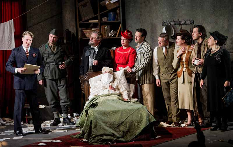 The cast of Gianni Schicchi at Opera Holland ParkPhotograph: Robert Workman