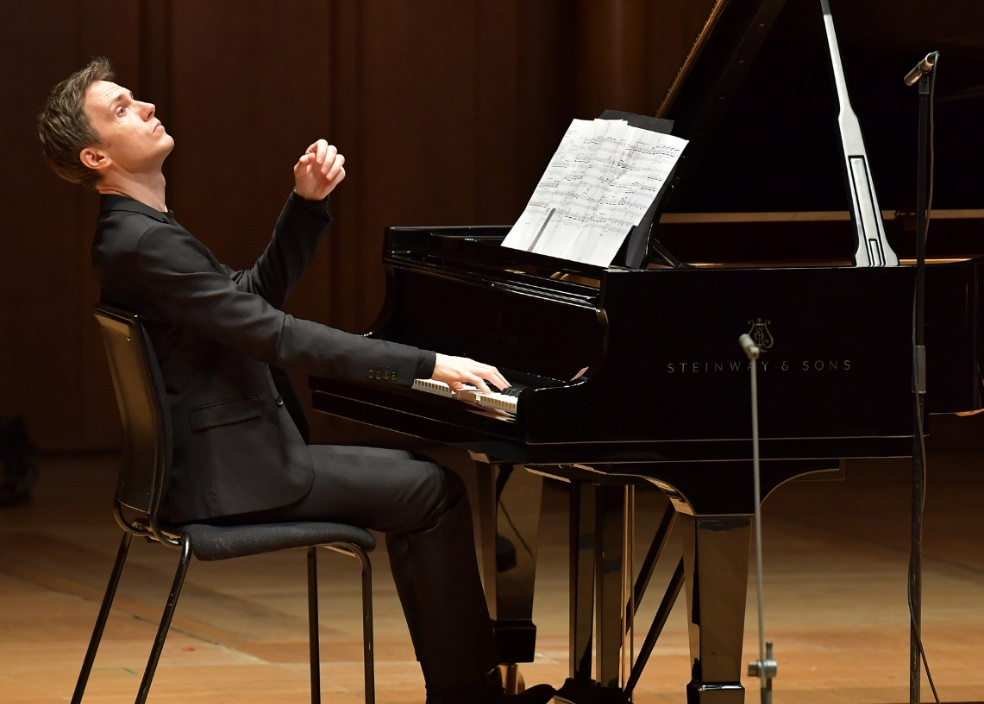 Pianist Alexandre Tharaud performs in A Satie Cabaret at the Proms Chamber Music 3 at Cadogan Hall at the BBC Proms 2016Photograph: BBC/Chris Christodoulou