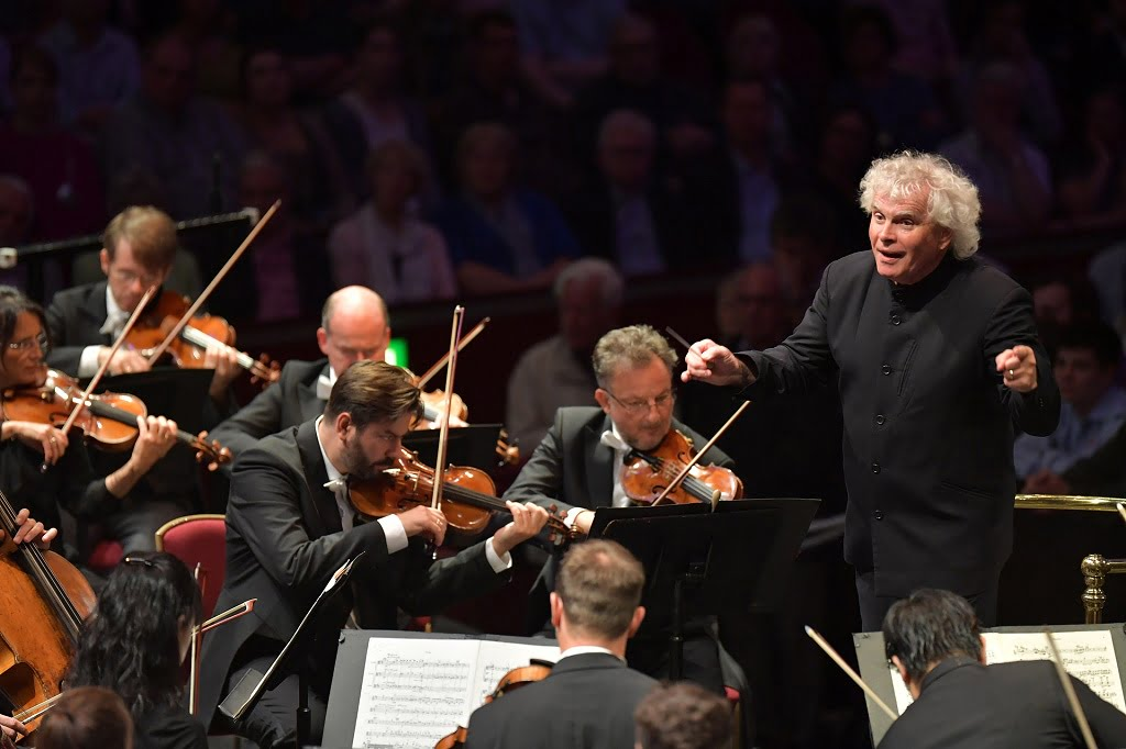Sir Simon Rattle conducts the Berliner Philharmoniker at their first Prom at  BBC Proms 2016Photograph:  BBC/Chris Christodoulou