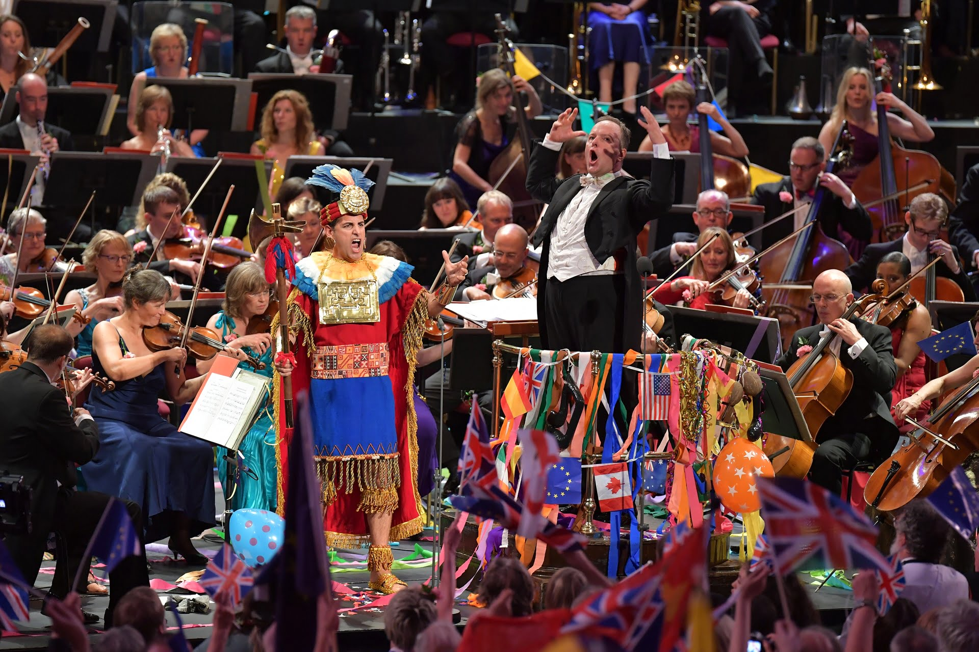 Tenor Juan Diego Flórez performs Rule, Britannia! with the BBC Singers, the BBC Symphony Chorus and the BBC Symphony Orchestra conducted by Sakari Oramo at the Last Night of the Proms 2016Photograph: BBC/Christodoulou