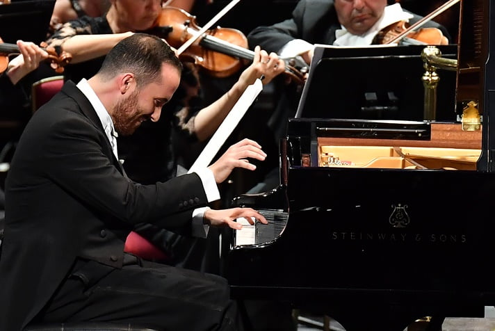 Igor Levit performs Beethoven's Piano Concerto No. 3 in C Minor with the BBC Symphony Orchestra conducted by Edward Gardner at the First Night of the BBC Proms 2017Photograph: BBC/Chris Christodoulou