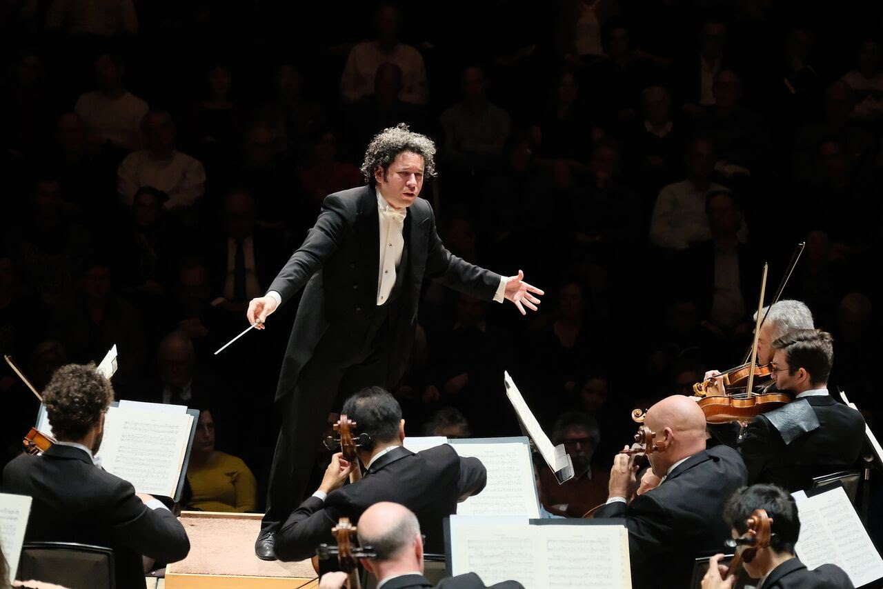 Gustavo Dudamel conducts the Los Angeles Philharmonic in Barbican Hall, LondonPhotograph: Mark Allan / Barbican