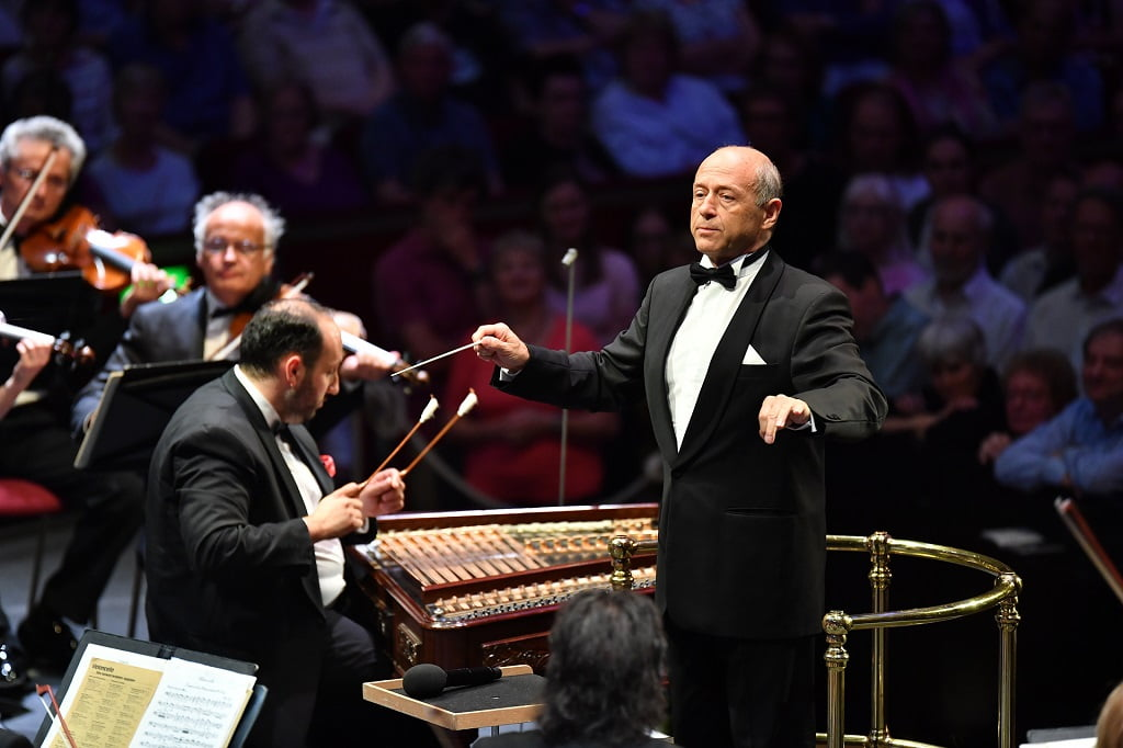Iván Fischer conducts the Budapest Festival Orchestra at Prom 55 of the BBC Proms 2018, with cimbalom player Jenő LisztesPhotograph: Chris Christodoulou / BBC