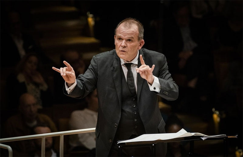 François-Xavier Roth conducts the Berlin PhilharmonicPhotograph: Stephan Rabold