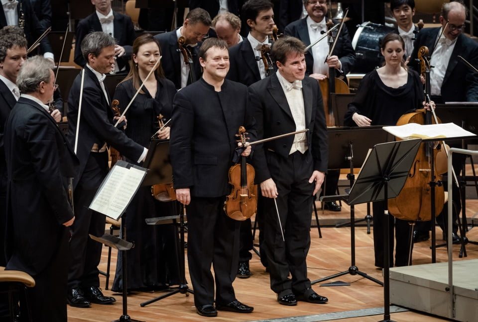 Jakub Hrůša and the Berliner Philharmoniker, with Frank Peter ZimmermannPhotograph: Stephan Rabold