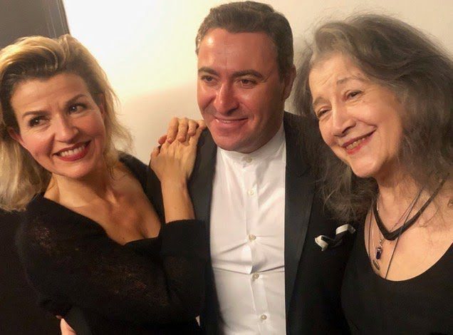 Anne-Sophie Mutter, Maxim Vengerov & Martha Argerich after the Oxford Philharmonic's 20th-Anniversary Concert at the Barbican HallPhotograph: twitter @NicolaFee