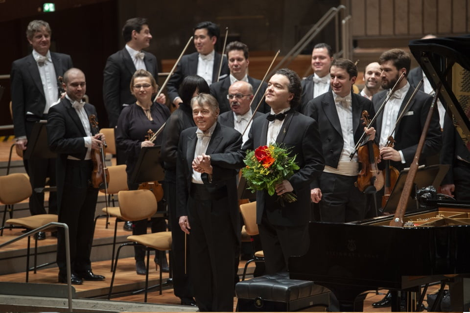 Mariss Jansons and Evgeny Kissin with the Berliner Philharmoniker in the Berliner PhilharmoniePhotograph: Monika Rittershaus