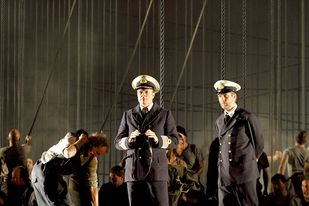 The Royal Opera – Britten's Billy BuddToby Spence as Captain Edward Fairfax Vere, Thomas Oliemans as Mr RedburnPhotograph: Catherine Ashmore / (c)ROH 2019