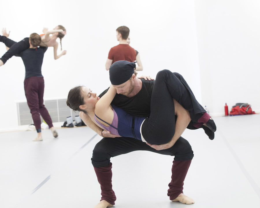 Birmingham Royal BalletAustralian choreographer Jack Lister working at BRB on his new ballet, A Brief NostalgiaPhotograph: © Caroline Holden