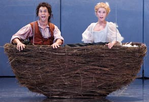 Roderick Williams (Papageno) / Susanna Andersson (Papagena) ©ENO/Robert Workman