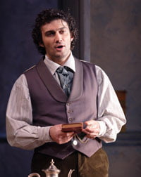 Jonas Kaufmann as Alfredo Germont in 'La traviata' at the ROH. ©Catherine Ashmore