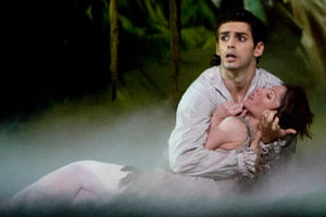Leanne Benjamin and Federico Bonelli in Manon. Photograph: Bill Cooper