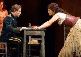 Roberto Alagna as Don José & Elīna Garanča as Carmen. Photograph: Catherine Ashmore
