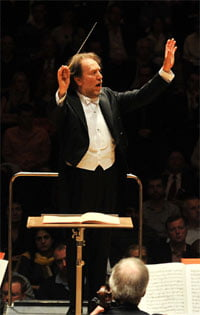 Riccardo Chailly conducts the Leipzig Gewandhaus Orchestra at the Barbican Hall. Photograph: Mark Allan