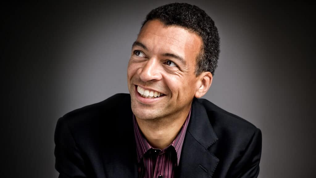 Roderick-Williams-2-Groves-Artists