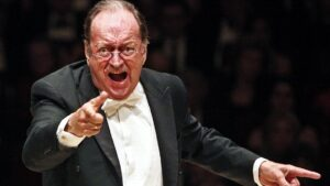 Nikolaus Harnoncourt leading the Vienna Philharmonic at Carnegie Hall in New York in 2010 - HIROYUKI ITO/GETTY IMAGES